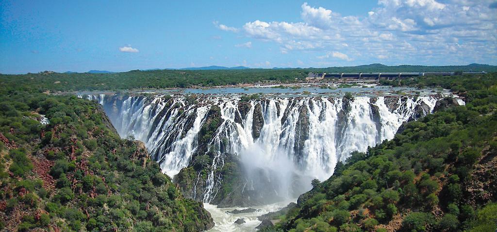 Wasserkraftwerk bei den Ruacana Falls, Angola